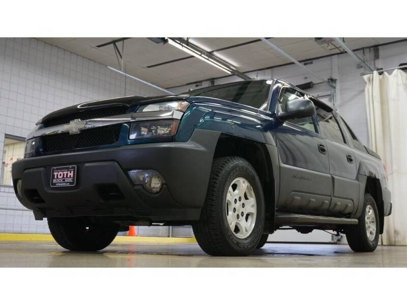 2005 Chevrolet Avalanche for sale in Troy, MI