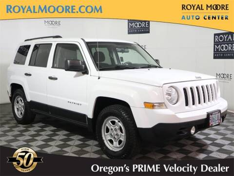 2014 Jeep Patriot for sale at Royal Moore Custom Finance in Hillsboro OR