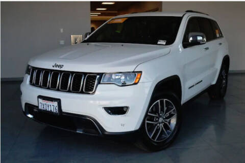 2017 Jeep Grand Cherokee for sale at Auto Max Brokers in Palmdale CA