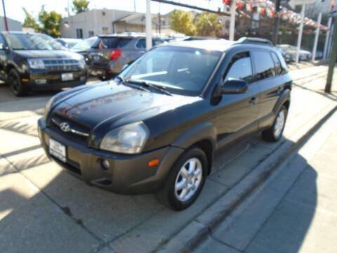 2005 Hyundai Tucson for sale at Car Center in Chicago IL