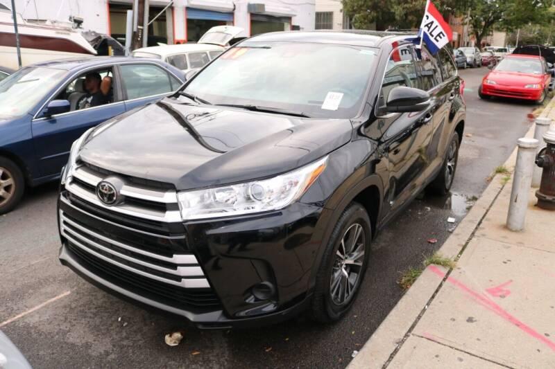 2019 Toyota Highlander for sale at Shah Jee Motors in Woodside NY