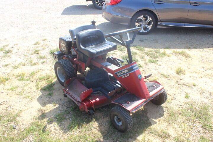 2005 Snapper Rear Engine Rider for sale at JFS POWER EQUIPMENT in Sims NC