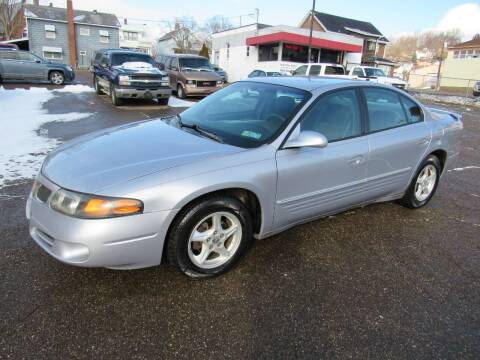 2005 Pontiac Bonneville for sale at Arnold Motor Company in Houston PA