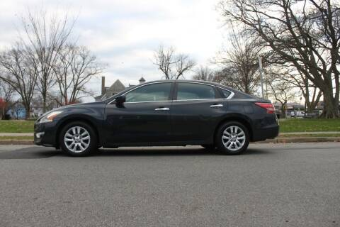 2013 Nissan Altima for sale at Lexington Auto Club in Clifton NJ