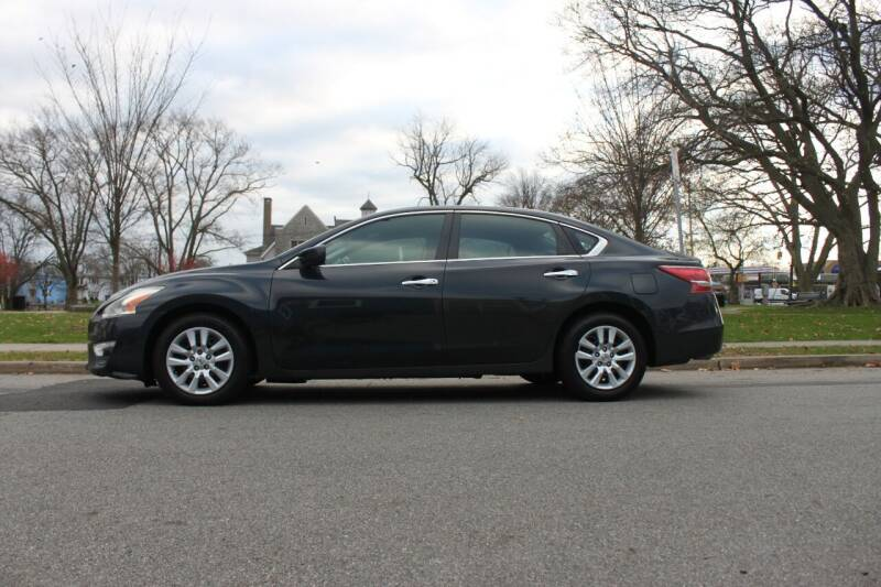 2013 Nissan Altima for sale at Lexington Auto Club in Clifton NJ