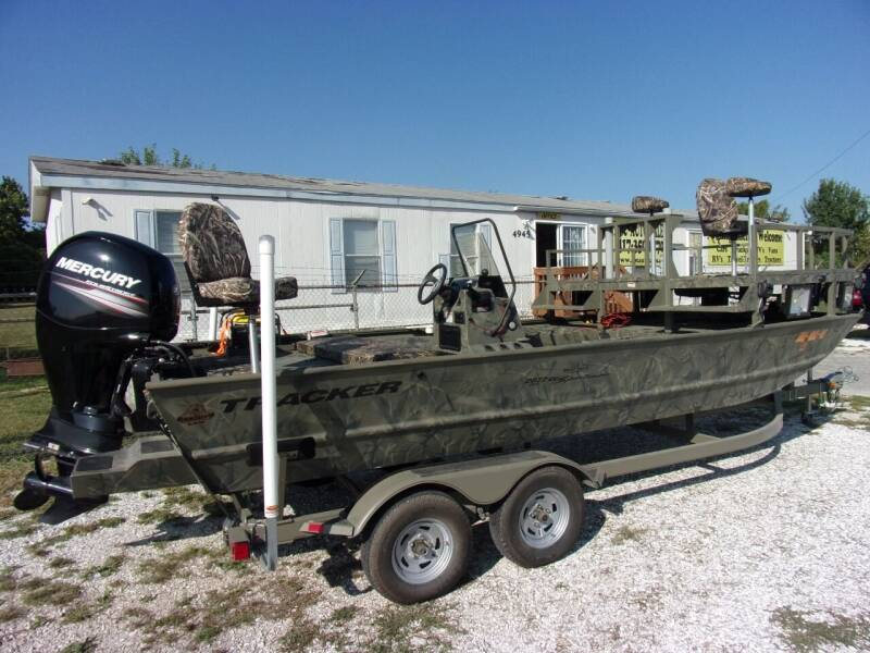 2016 Tracker Boat Grizzly 2072CC MVX  Blind Duck for sale at ABC Auto Sales in Rogersville MO