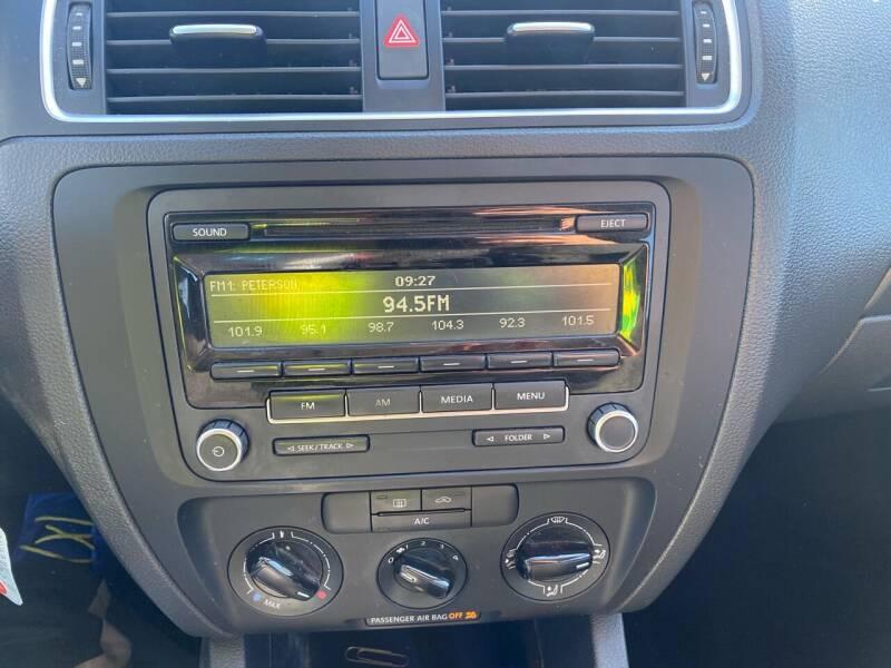 2014 Volkswagen Jetta S 4dr Sedan 6A - Fredericksburg PA