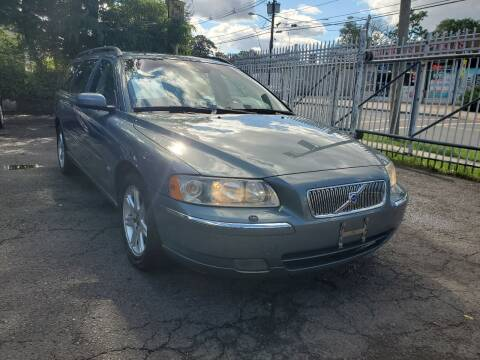 2005 Volvo V70 for sale at New Plainfield Auto Sales in Plainfield NJ