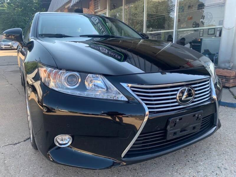 2015 Lexus ES 350 for sale at LOT 51 AUTO SALES in Madison WI