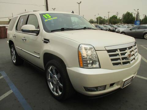2013 Cadillac Escalade for sale at Choice Auto & Truck in Sacramento CA