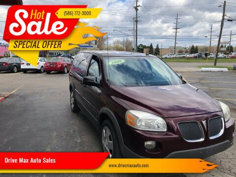 2009 Pontiac Montana SV6 for sale at Drive Max Auto Sales in Warren MI