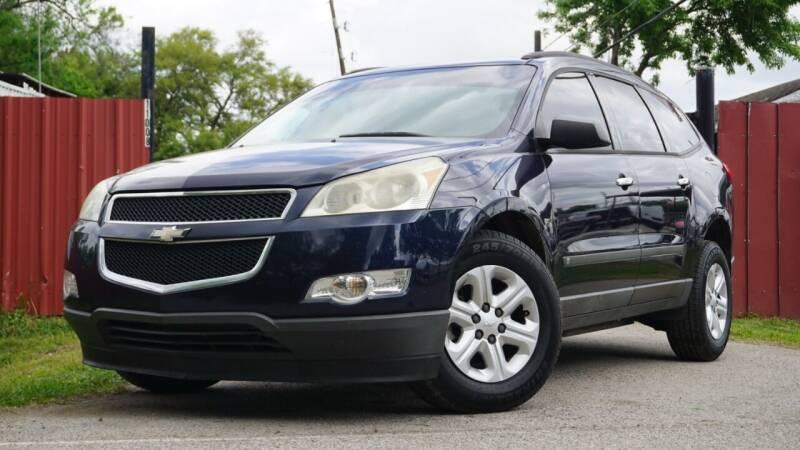 2010 Chevrolet Traverse for sale at Hidalgo Motors Co in Houston TX