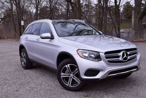 2016 Mercedes-Benz GLC for sale at Bill Dovell Motor Car in Columbus OH