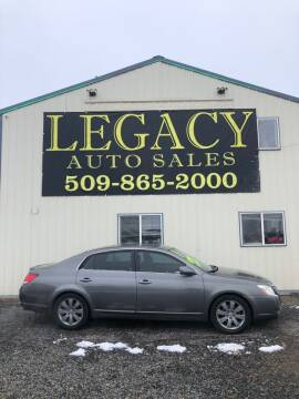 2005 Toyota Avalon for sale at Legacy Auto Sales in Toppenish WA