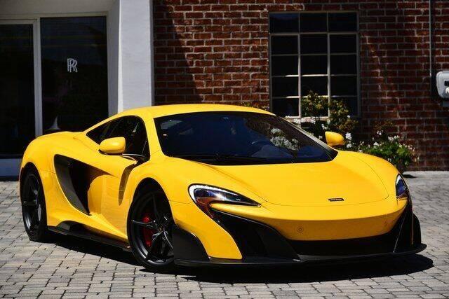 2016 McLaren 675LT for sale at O'Gara Coach McLaren Beverly Hills in Beverly Hills CA