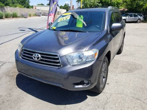2008 Toyota Highlander for sale at Howe's Auto Sales in Lowell MA