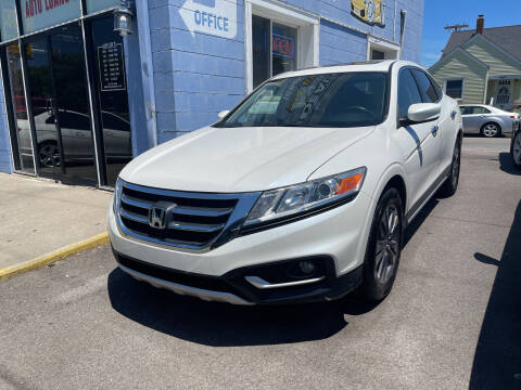 2015 Honda Crosstour for sale at Ideal Cars in Hamilton OH
