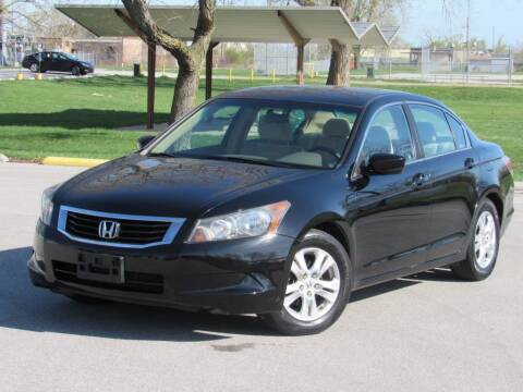 2009 Honda Accord for sale at Highland Luxury in Highland IN