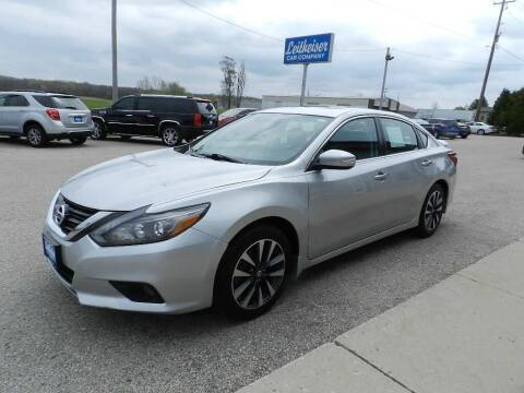 2016 Nissan Altima for sale at Leitheiser Car Company in West Bend WI