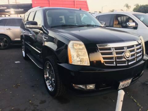 2007 Cadillac Escalade for sale at Auto Max of Ventura in Ventura CA