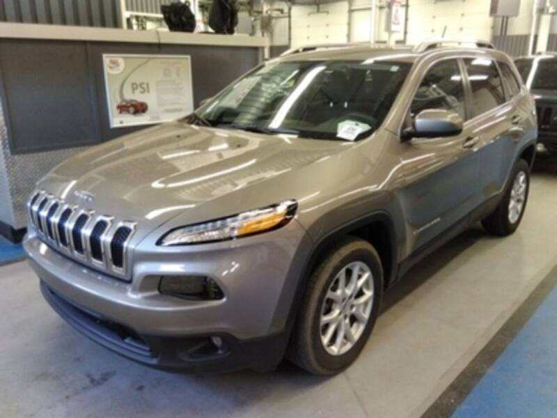 2016 Jeep Cherokee for sale at Vess Auto in Danville OH