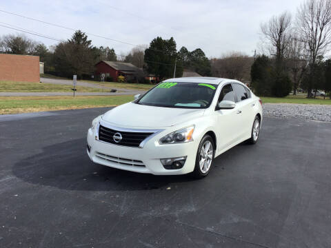 2013 Nissan Altima for sale at Choice Auto Sales LLC - Buy Here Pay Here in White House TN