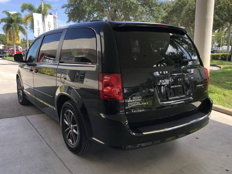 2017 Dodge Grand Caravan SXT 4dr Mini-Van - Davie FL