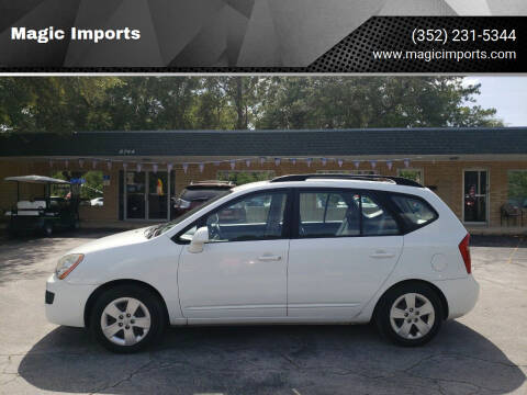 2009 Kia Rondo for sale at Magic Imports in Melrose FL