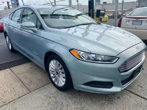 2014 Ford Fusion Hybrid for sale at GW MOTORS in Newark NJ