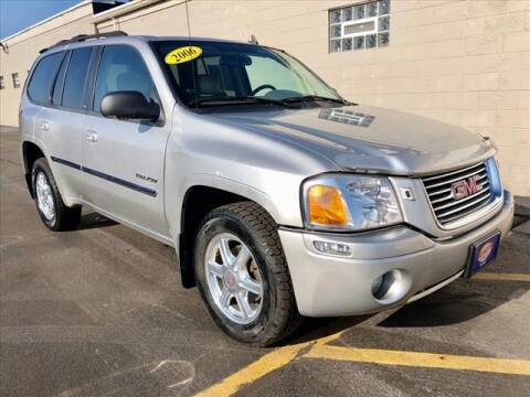 2006 GMC Envoy for sale at Richardson Sales & Service in Highland IN