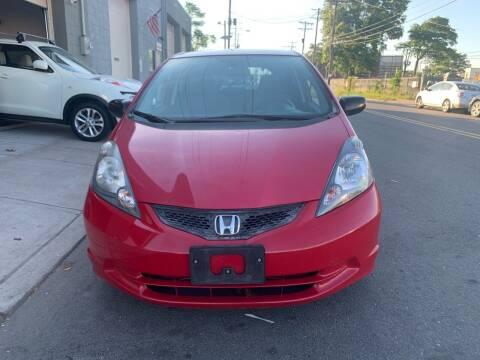 2009 Honda Fit for sale at SUNSHINE AUTO SALES LLC in Paterson NJ