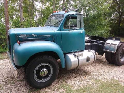 1959 Mack B61 for sale at Classic Car Deals in Cadillac MI
