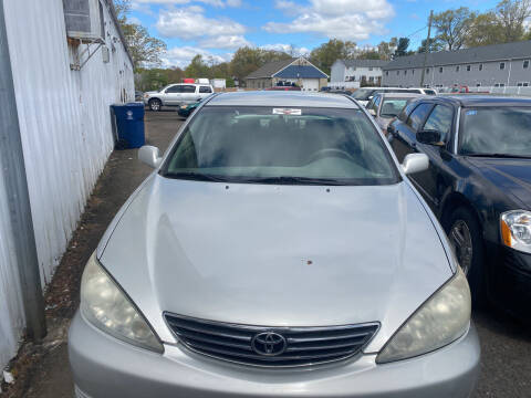 2005 Toyota Camry for sale at Whiting Motors in Plainville CT