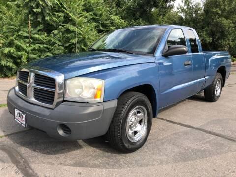 2006 Dodge Dakota for sale at DRIVE N BUY AUTO SALES in Ogden UT
