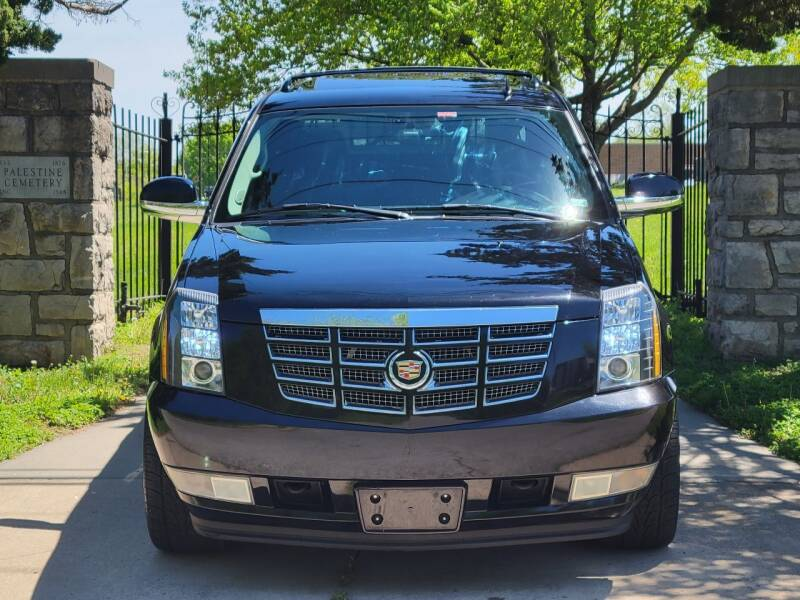 2007 Cadillac Escalade EXT for sale at Blue Ridge Auto Outlet in Kansas City MO