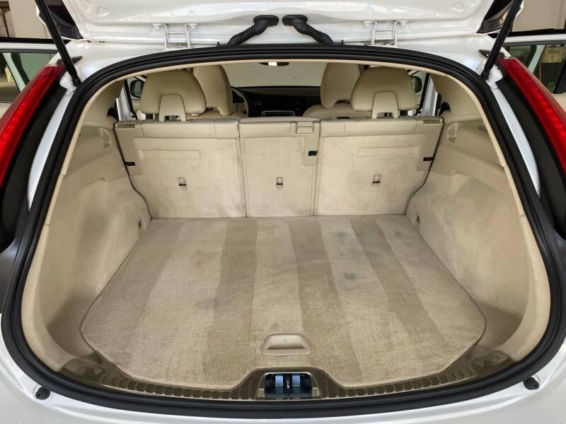 2016 Volvo V60 T5 Drive-E Premier 4dr Wagon - Bristol TN