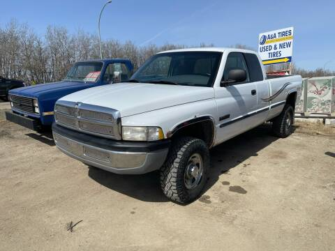 1998 Dodge Ram Pickup 2500 for sale at Truck Buyers in Magrath AB