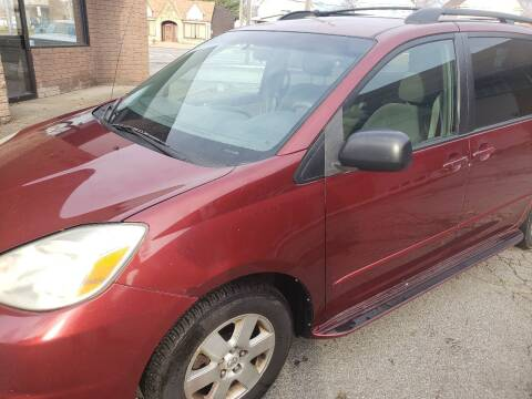 2004 Toyota Sienna for sale at USA AUTO WHOLESALE LLC in Cleveland OH