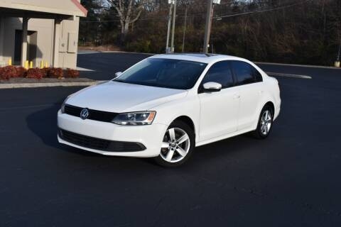 2011 Volkswagen Jetta for sale at Alpha Motors in Knoxville TN