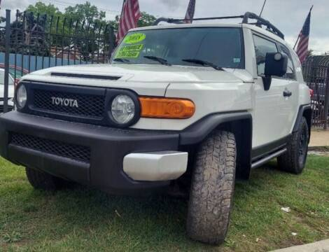 2008 Toyota FJ Cruiser for sale at Gus's Used Auto Sales in Detroit MI