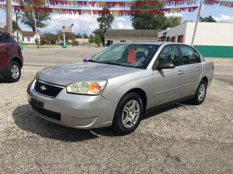 2007 Chevrolet Malibu for sale at Antique Motors in Plymouth IN