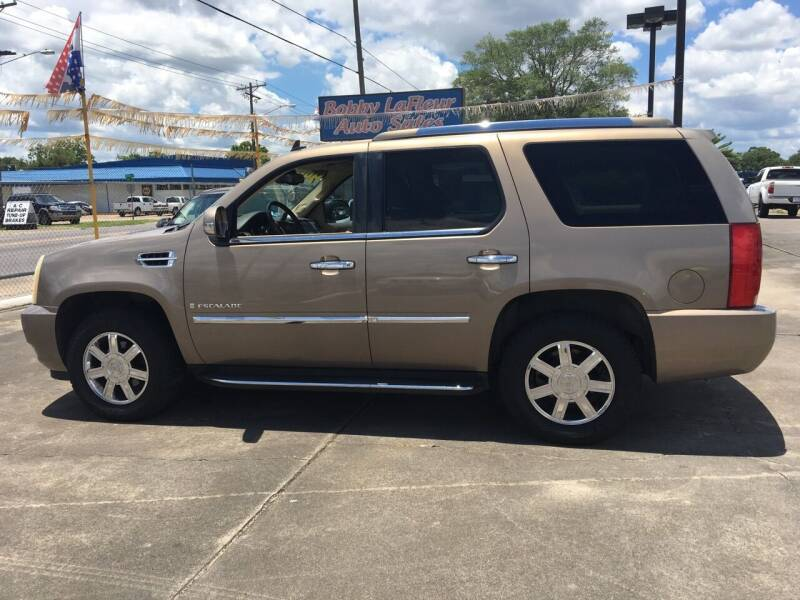 2007 Cadillac Escalade for sale at Bobby Lafleur Auto Sales in Lake Charles LA