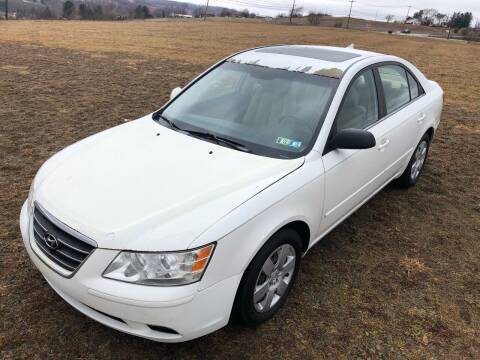 2009 Hyundai Sonata for sale at Linda Ann's Cars,Truck's & Vans in Mount Pleasant PA