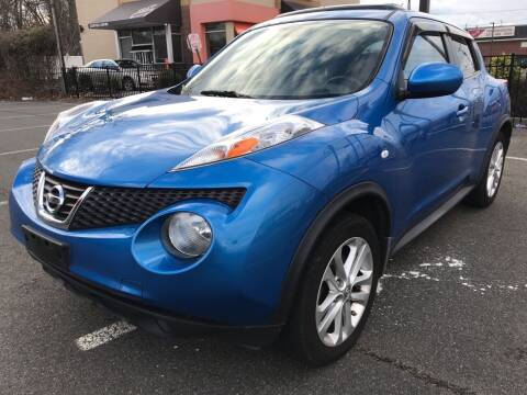2011 Nissan JUKE for sale at MAGIC AUTO SALES in Little Ferry NJ