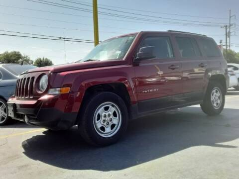 2013 Jeep Patriot for sale at Auto Plaza in Irving TX