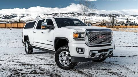 2015 GMC Sierra 2500HD for sale at MUSCLE MOTORS AUTO SALES INC in Reno NV