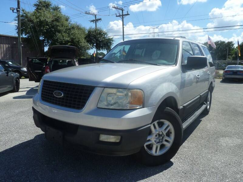 2003 Ford Expedition for sale at Das Autohaus Quality Used Cars in Clearwater FL