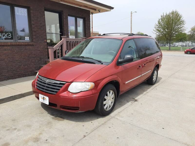 2005 Chrysler Town and Country for sale at CARS4LESS AUTO SALES in Lincoln NE