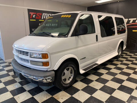 2002 Chevrolet Express Cargo for sale at T & S Motors in Ardmore TN