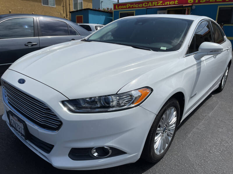 2013 Ford Fusion Hybrid for sale at CARZ in San Diego CA